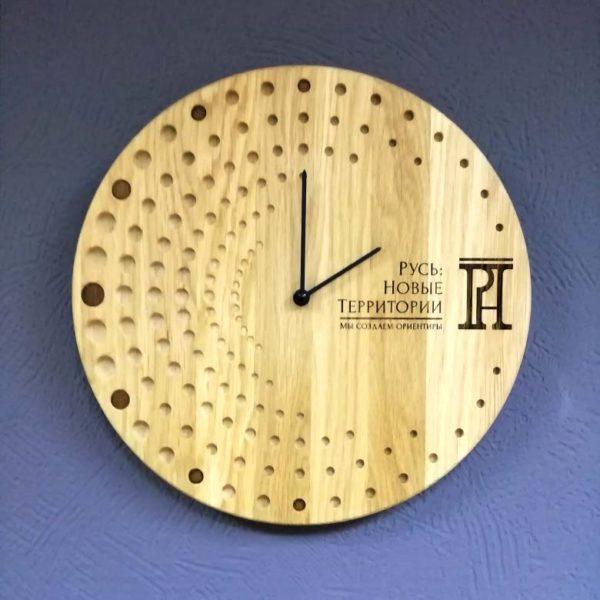 Часы брендированные с индивидуальным дизайном